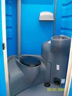 Flushable portable toilets laredo south texas waste systems Deluxe portable bathrooms